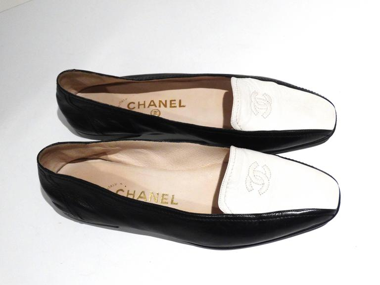 1984 Chanel Two-Tone Loafer  5