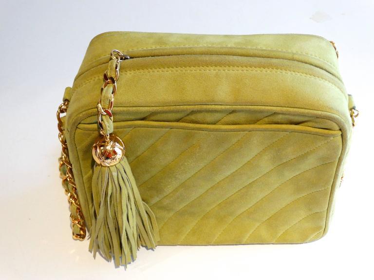 1980s CHANEL Suede Green Tassel Camera Bag  8