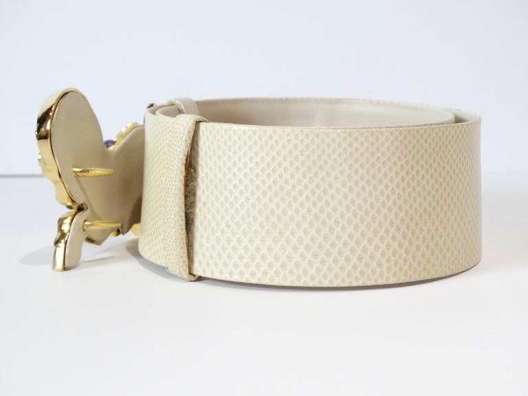 Women's Judith Leiber Trojan Horse Belt, 1980s   For Sale