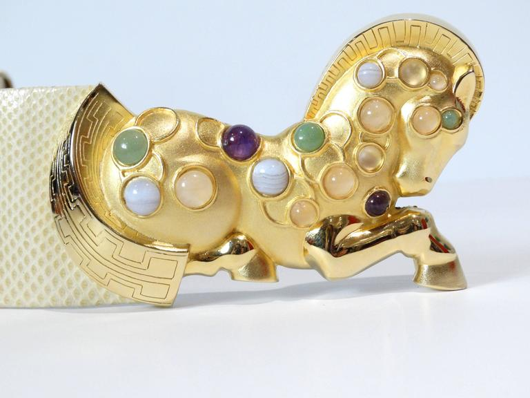 Judith Leiber Trojan Horse Belt, 1980s   In Excellent Condition For Sale In Scottsdale, AZ
