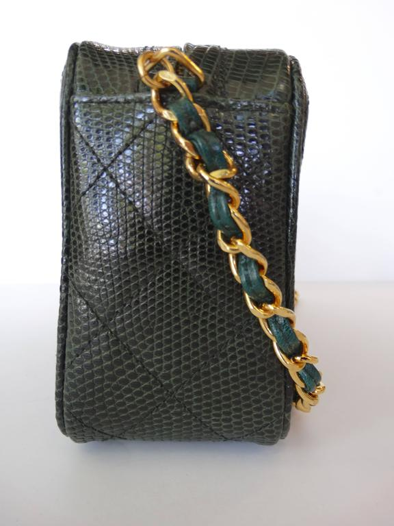 1990s Chanel Green Lizard Skin Quilted Shoulder Bag  2