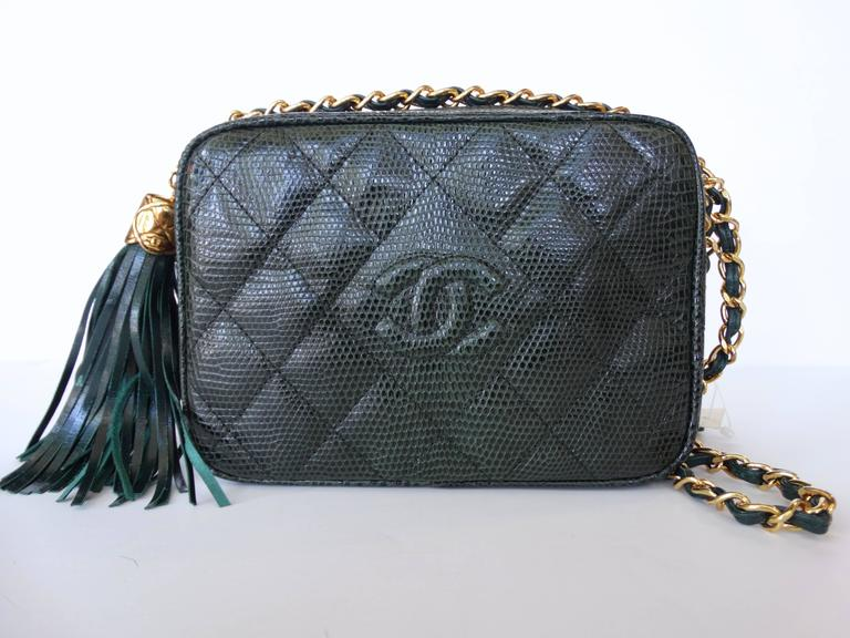 1990s Chanel Green Lizard Skin Quilted Shoulder Bag  8