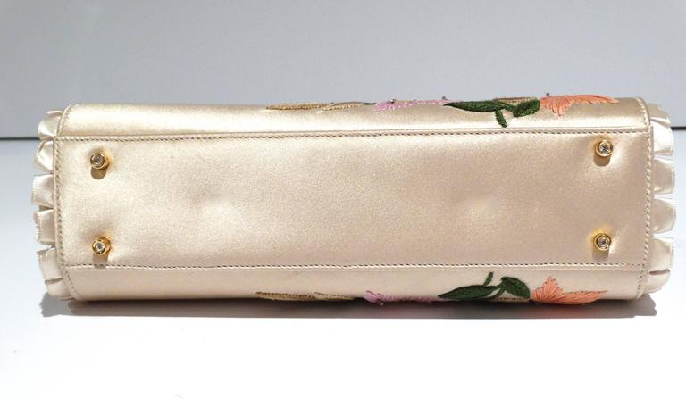 Judith Leiber Floral Embroidered Silk Clutch, 1990s   For Sale 1