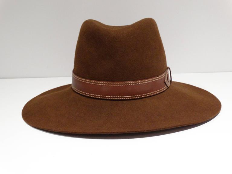 Rare 1970s Gucci G Tobacco Felt Wide Brim Hat  In Excellent Condition For Sale In Scottsdale, AZ