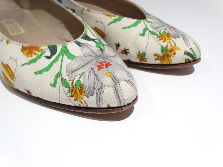 """1980s Gucci """"Flora"""" Print Flats  6"""