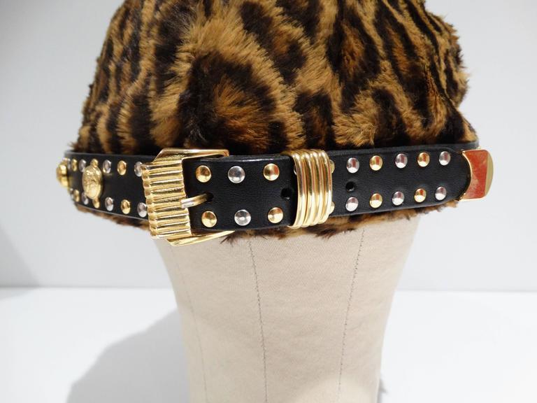 Gianni Versace Faux Leopard Medusa Hat, 1990s   For Sale 2
