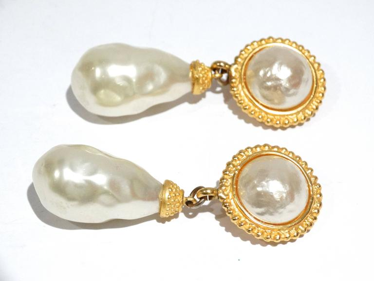 Women's 1990s Deanna Hamro Pearl Earrings For Sale