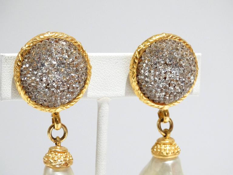 Women's 1990s Deanna Hamro Crystal Diamente Swarovski w Faux Drop Pearl Earrings For Sale