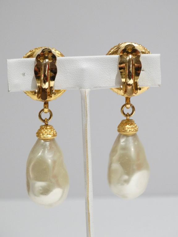 1990s Deanna Hamro Black Crystal Diamente Gold Tone Earrings For Sale 2