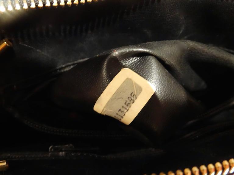 1980s Chanel 31 Rue Navy Shoulder Bag For Sale 1
