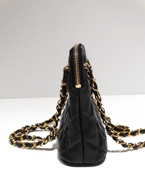 Black 1980s Chanel 31 Rue Navy Shoulder Bag For Sale