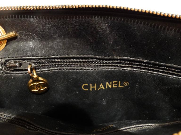1980s Chanel 31 Rue Navy Shoulder Bag For Sale 5