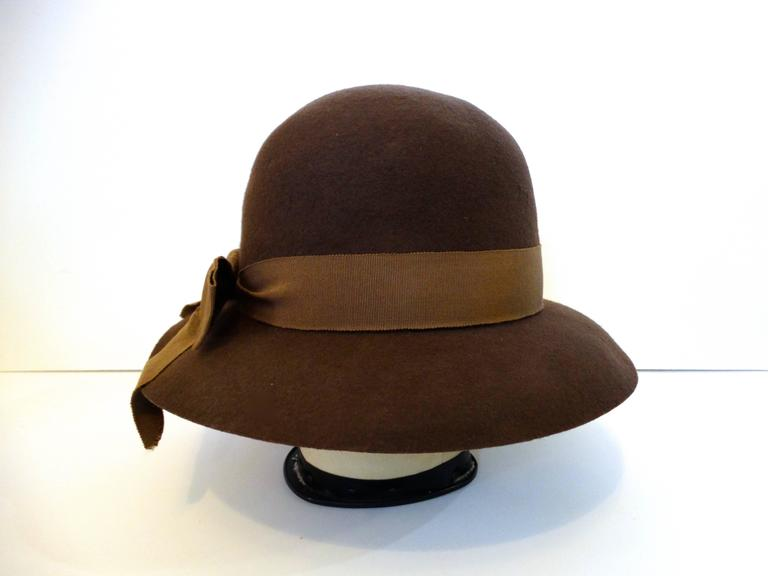 1980s Chanel 'Ladylike' Felt Hat with Bow 4