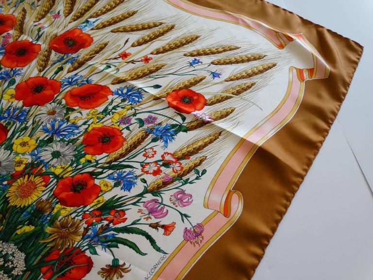 Gucci V. Accornero Spighe Wheat Scarf, 1970s   In Excellent Condition For Sale In Scottsdale, AZ
