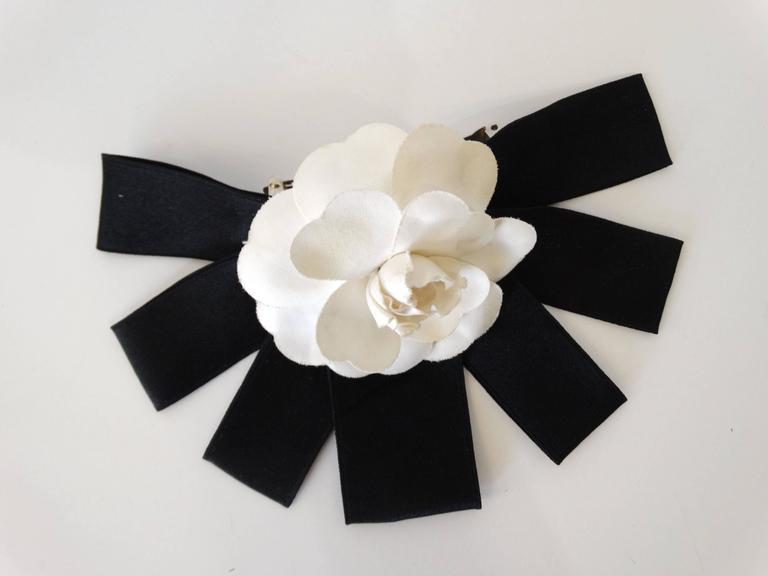 Classic 1980s Chanel White Camellia Flower Hair Barrette 7