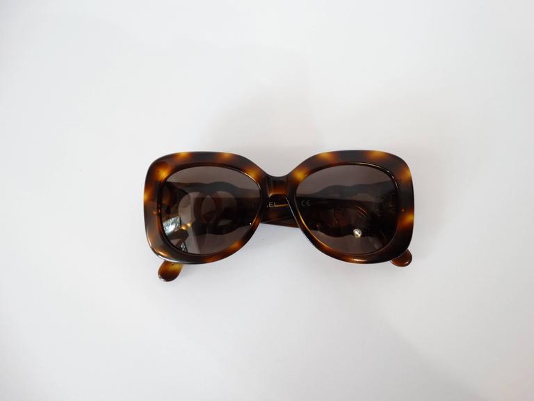1990s Chanel Tortoise Shell Mod Sunglasses  5