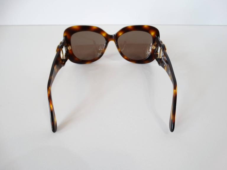 1990s Chanel Tortoise Shell Mod Sunglasses  For Sale 4