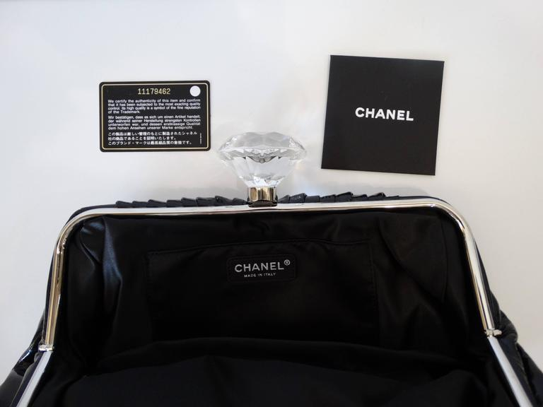 2000s Chanel Diamond Patent Leather Clutch In Excellent Condition For Sale In Scottsdale, AZ