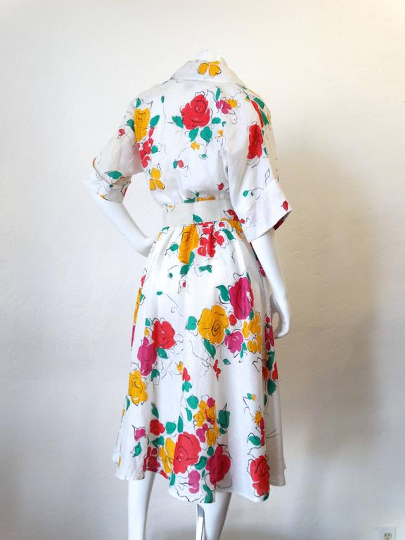 fba1ce99a1c Beautiful 1980s Gucci Floral Linen Dress at 1stdibs