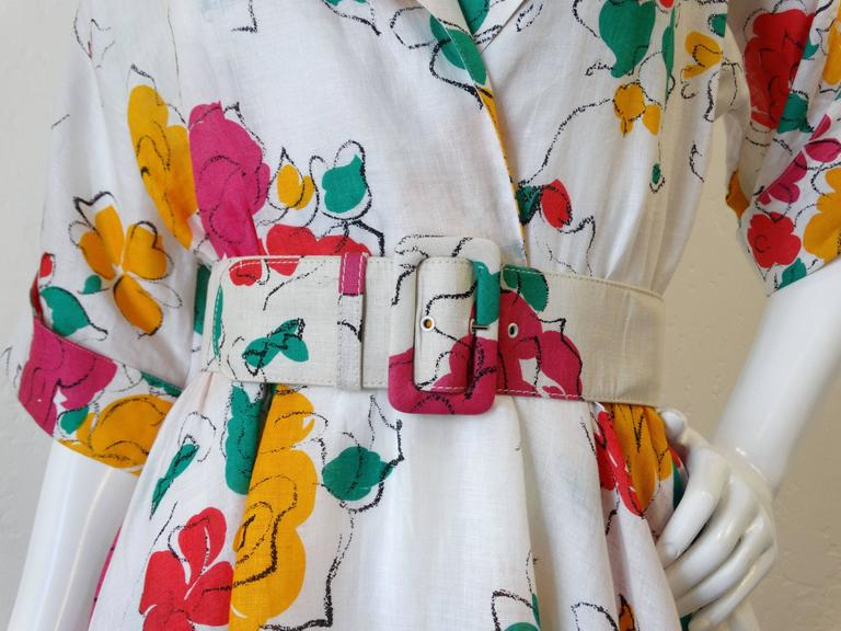 43466dd9212 Women s Beautiful 1980s Gucci Floral Linen Dress For Sale