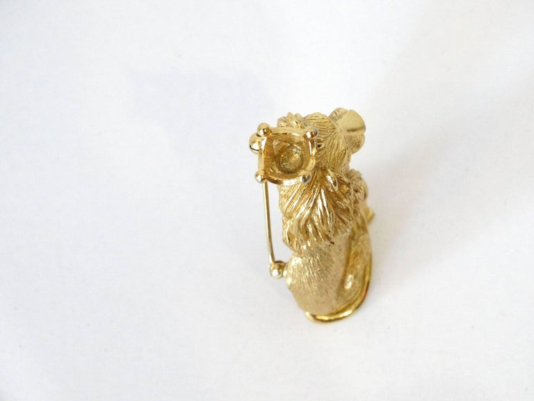 1970s Trifari Lion Pin with Crown  In Excellent Condition For Sale In Scottsdale, AZ