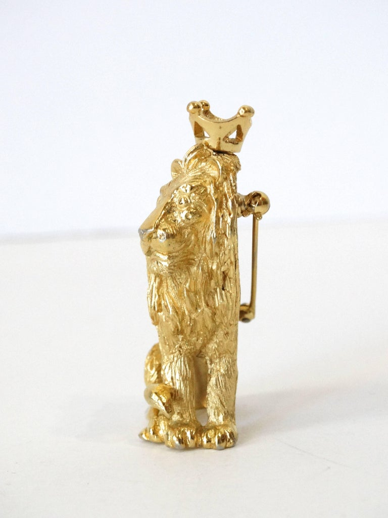 Women's or Men's 1970s Trifari Lion Pin with Crown  For Sale