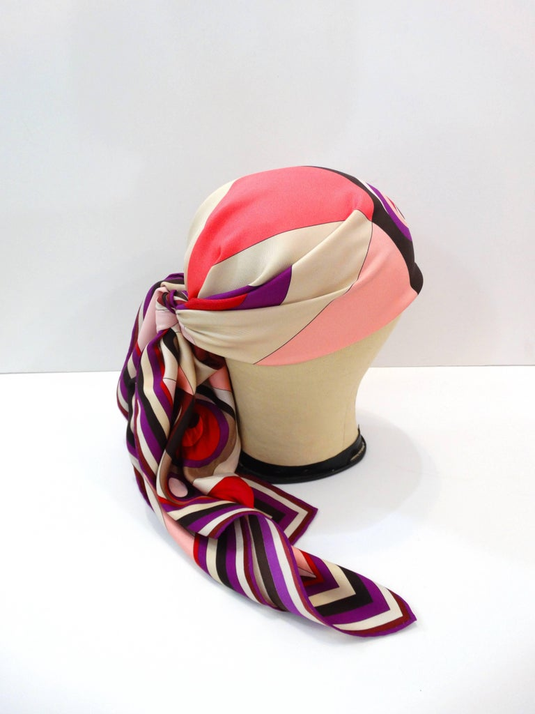 1990s Geometric Pucci Silk Scarf In Excellent Condition For Sale In Scottsdale, AZ