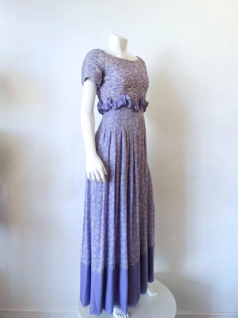 1970s Valentino Lilac Pintuck Gown In Excellent Condition For Sale In Scottsdale, AZ
