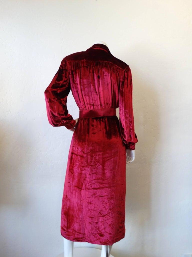 Women's 1980's William Travilla Crushed Velvet Dress  For Sale