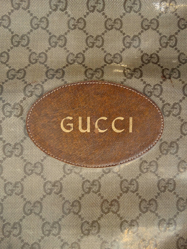1970s Gucci Monogram Canvas Vinyl Fold-over Hand Bag For Sale 3