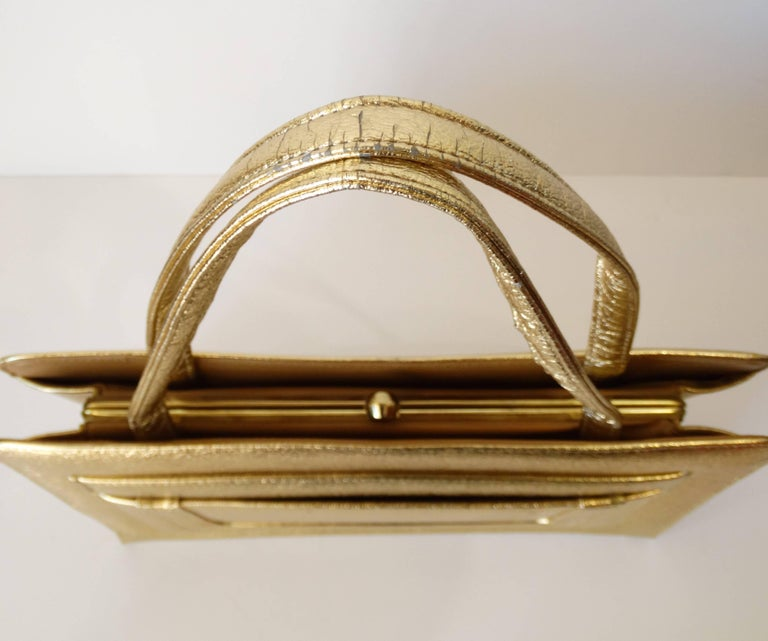 1960s Metallic Gold Pocket Handbag  For Sale 2