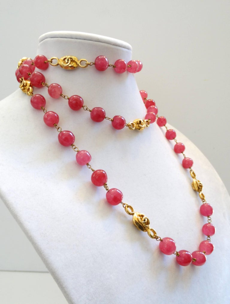 Chanel Pink Gripoix Necklace, 1997   For Sale 3