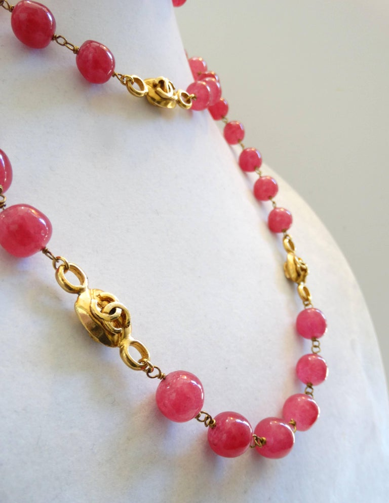 Chanel Pink Gripoix Necklace, 1997   For Sale 4