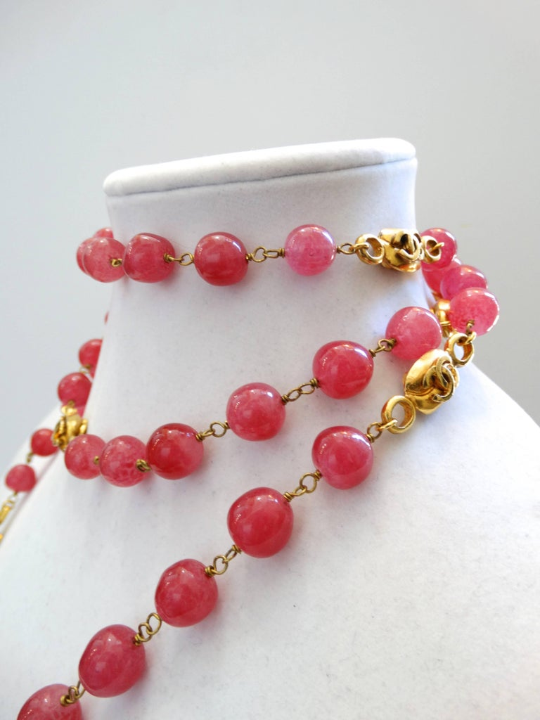 Chanel Pink Gripoix Necklace, 1997   For Sale 5