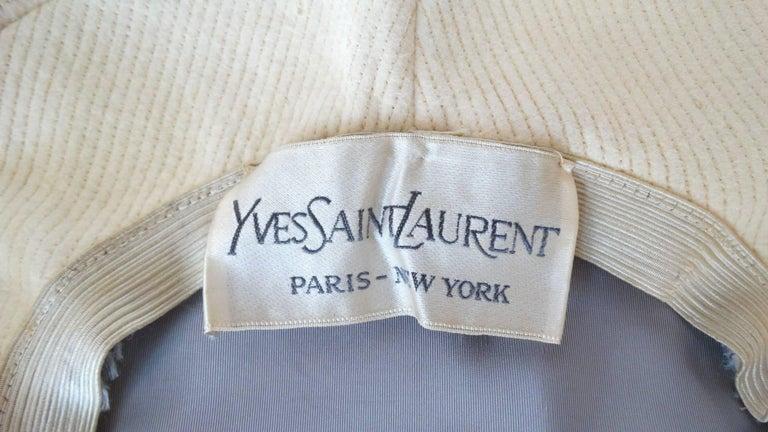 Yves Saint Laurent Mod Cream Wool Saucer Tam Hat, 1960s  For Sale 2