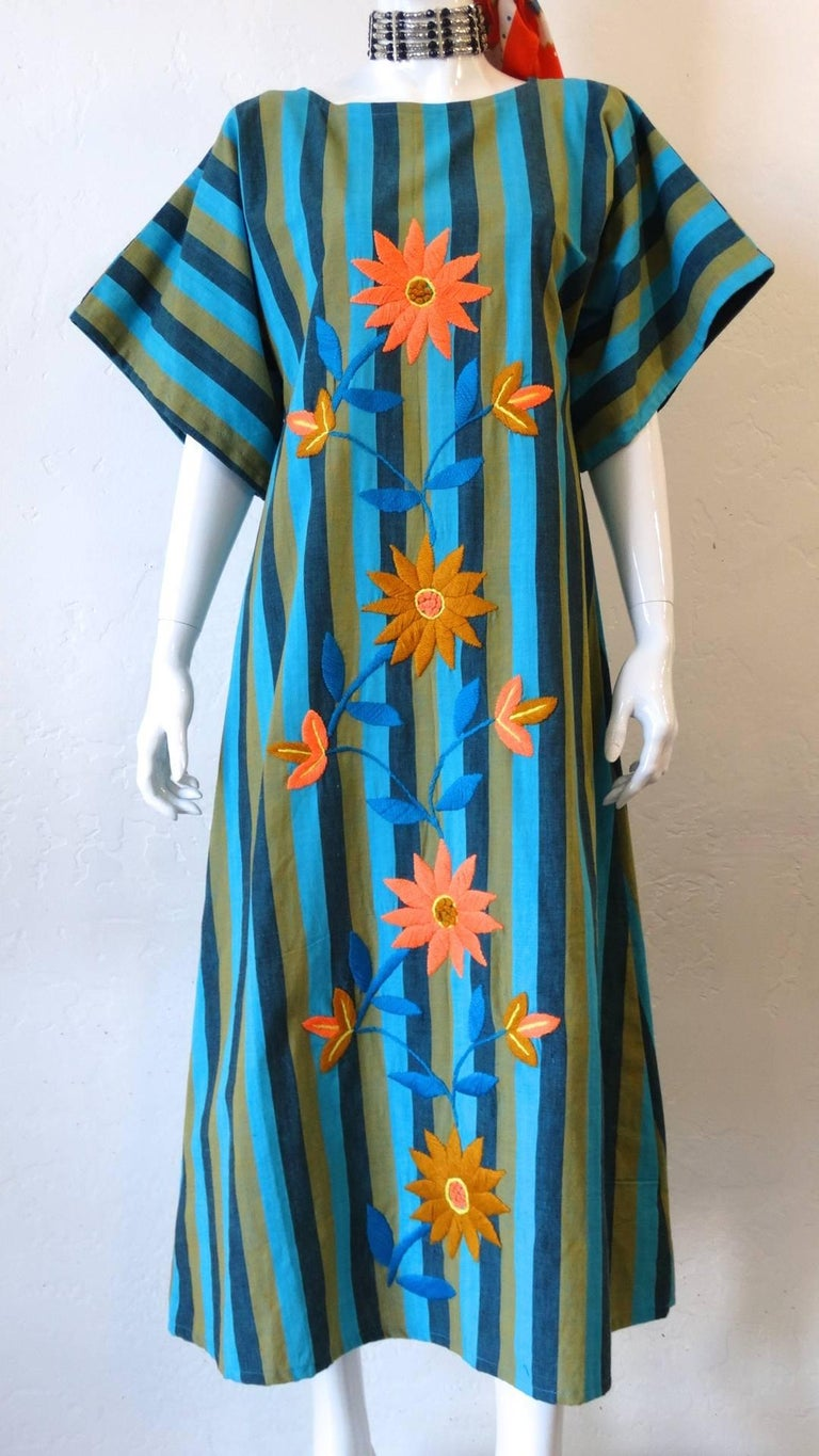 1970s Floral Embroidered Striped Cotton Kaftan  For Sale 8