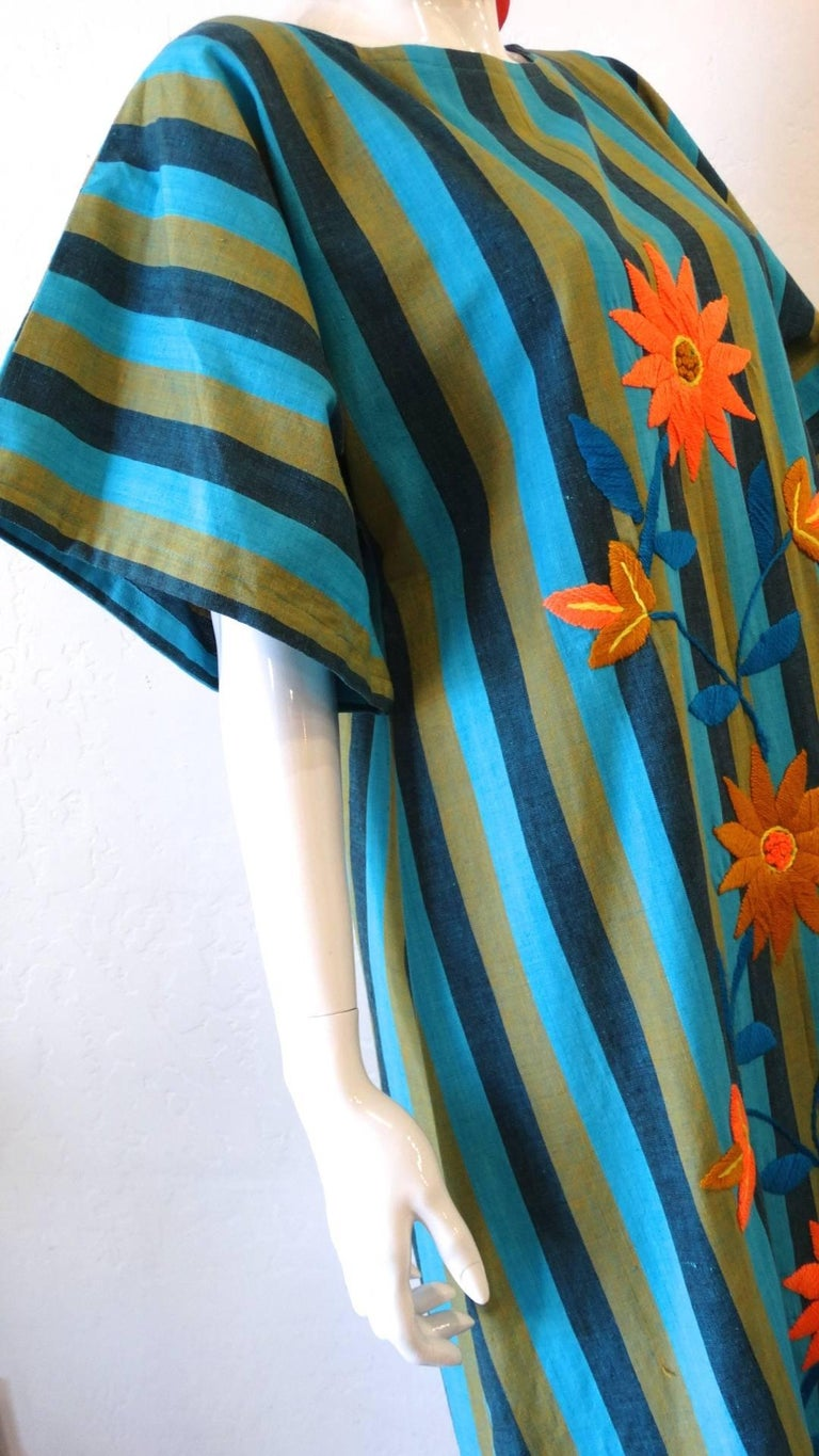 1970s Floral Embroidered Striped Cotton Kaftan  In Excellent Condition For Sale In Scottsdale, AZ