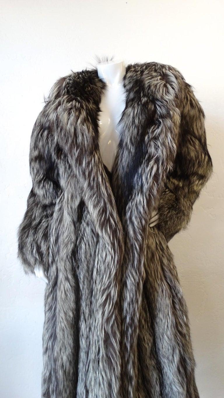 Rare 1980s James Galanos Silver Fox Fur Coat  For Sale 4