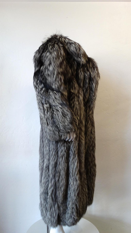 Rare 1980s James Galanos Silver Fox Fur Coat  For Sale 6