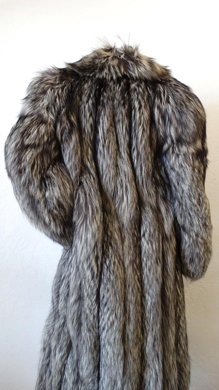 Rare 1980s James Galanos Silver Fox Fur Coat  For Sale 5