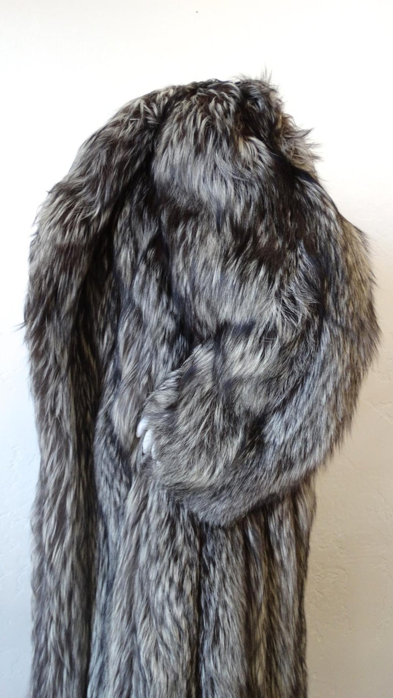 Rare 1980s James Galanos Silver Fox Fur Coat  For Sale 8