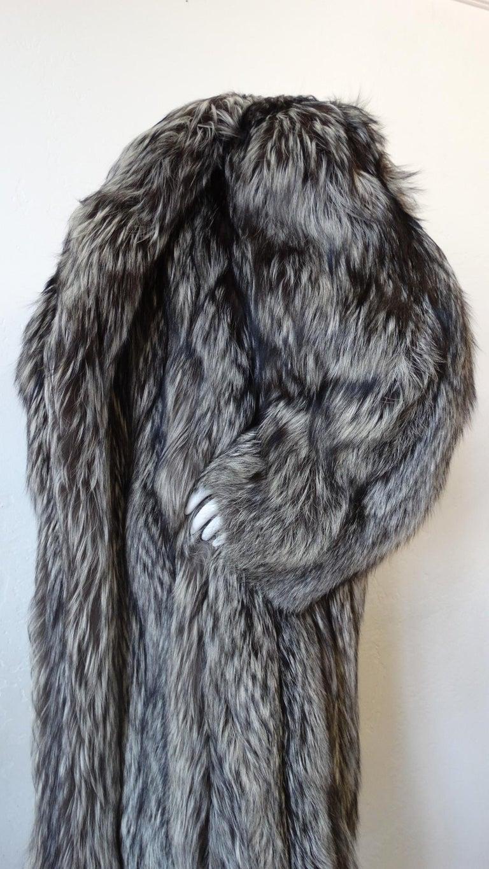 Rare 1980s James Galanos Silver Fox Fur Coat  For Sale 2