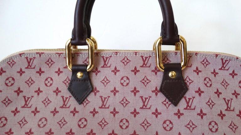 2a6945769d2a 2000s Louis Vuitton Canvas Monogram Mini Alma Long For Sale at 1stdibs