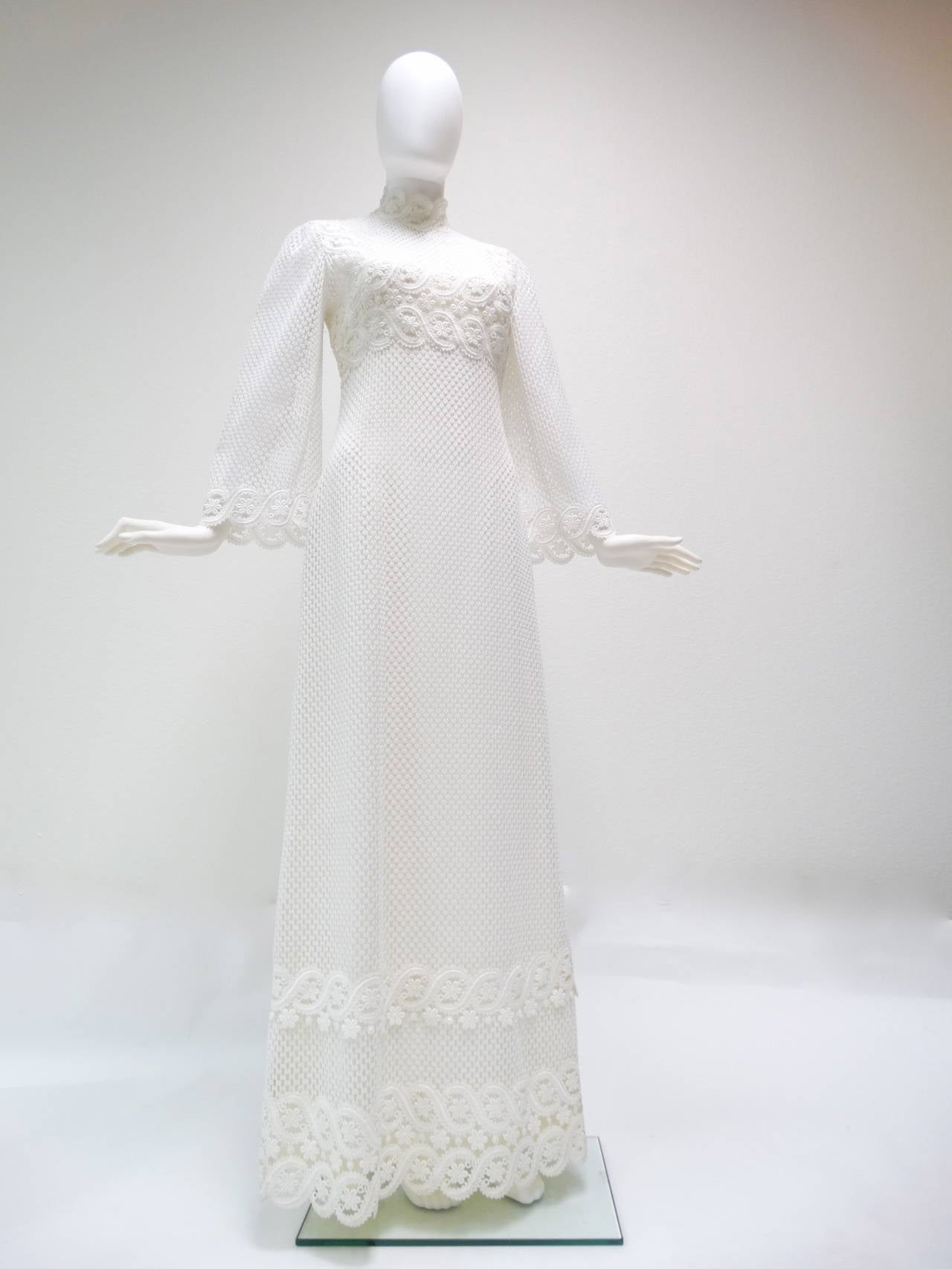 1960s Werle White Lace Maxi Dress 5