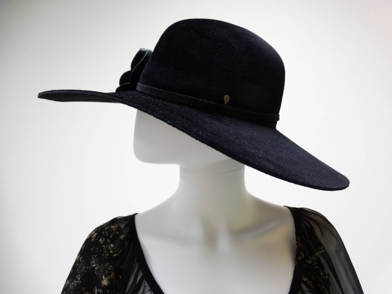 Helen Kaminski Wide Brim Felt Hat with Leather Flower 5
