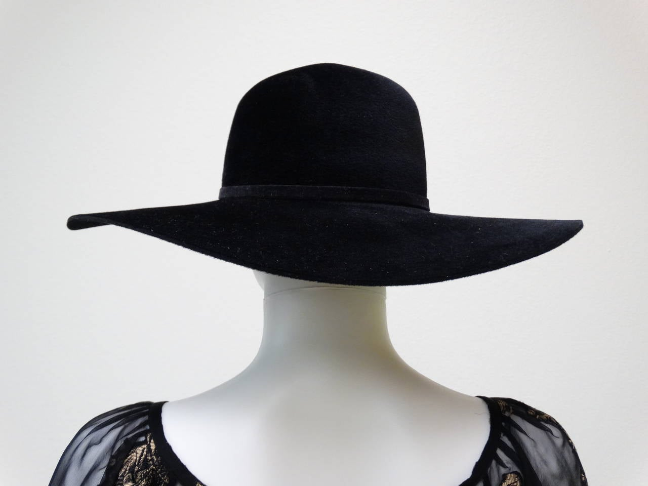 Helen Kaminski Wide Brim Felt Hat with Leather Flower 4