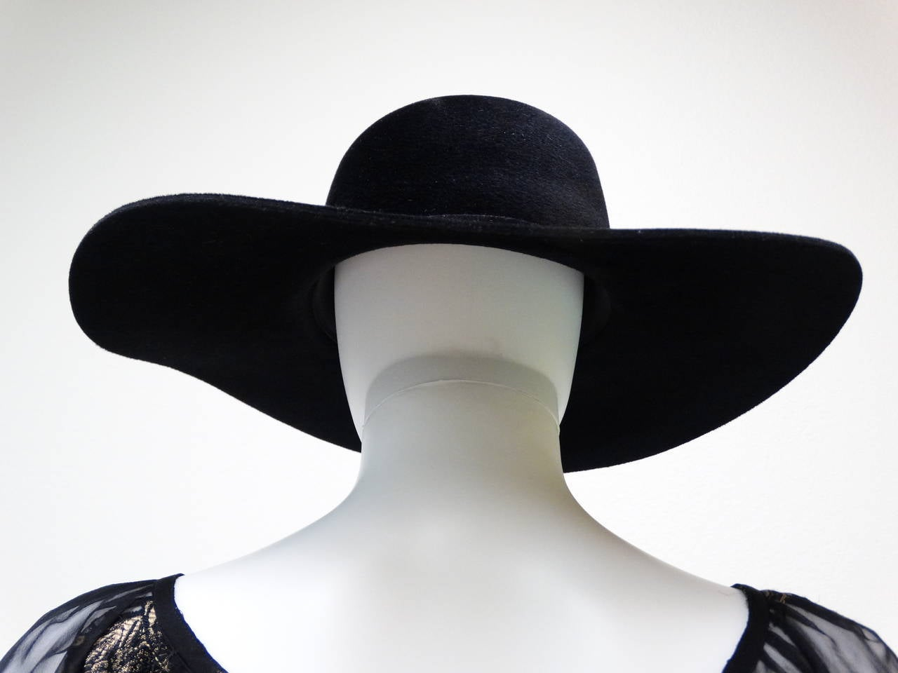 Helen Kaminski Wide Brim Felt Hat with Leather Flower 8