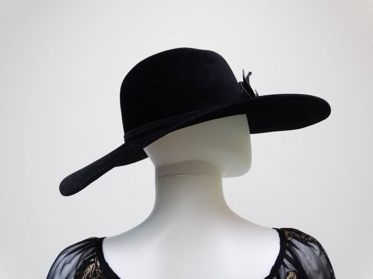 Helen Kaminski Wide Brim Felt Hat with Leather Flower 7