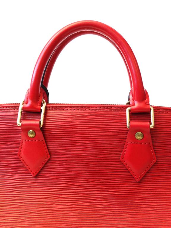 1990s Louis Vuitton Epi Alma PM Castilian Red Handbag  For Sale 2