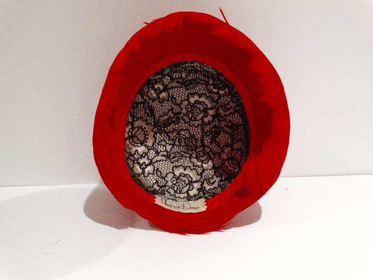 1950s Clover Lane Red Feathered Hat  In Excellent Condition For Sale In Scottsdale, AZ